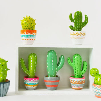 Cactus sculpture - Hand sculpted miniature plants