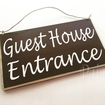 10x6 Guest House Entrance Wood Sign