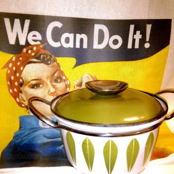 Cathrineholm Lotus Dutch Oven, 1 Quart Cathrine Holm Lotus Enamelware Vintage Avocado Cathrineholm Enameled Dutch Oven