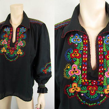Vintage 70s Black Hungarian Embroidered Floral Matyo Top Hippie Boho Festival Peasant Folk Art Blouse Shirt