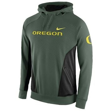 Nike College Graphic Hero Performance Hoodie - Men's at Eastbay
