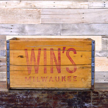 Vintage Wood Crate, RARE, Win's Soda Crate, Milwaukee Wisconsin Wooden Crate