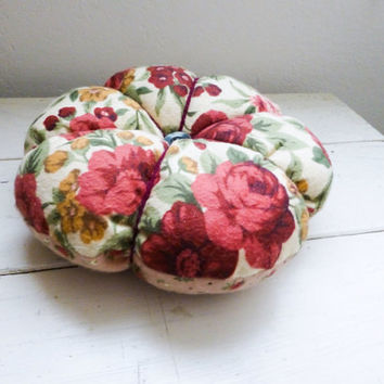 Tufted pincushion, fabric cushion, sewing room, sewing notions, large pincushion, pincushion pink, ready to ship, hand sewn, quilter's gift