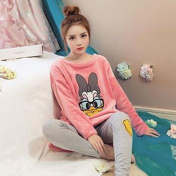 2017 Pyjamas Winter Women Pijamas Mujer  Women Costume Pajamas Coral Fleece Pajamas Set Keep Warm Sleepwear Set