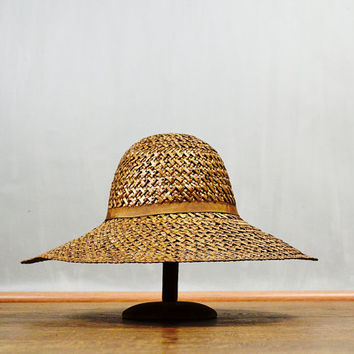 20 PERCENT off Use code SHOPMERRY20 > 1950's 1960's Lord & Taylor Italian Wide Brim Iridescent Cocoa Straw Hat