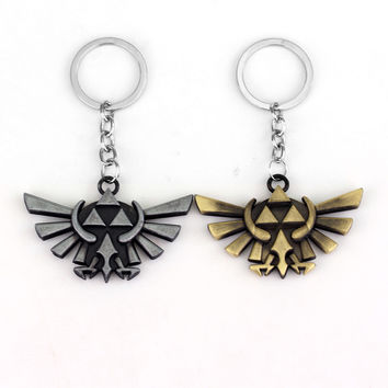 Hot Anime The Legend of Zelda Keychains Triforce Shield Keychain Hylian Crest Metal Pendant Link Key Chain Ring for Fans Jewelry