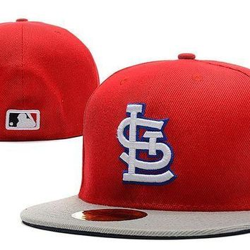 MDIGBE6 St. Louis Cardinals New Era MLB Authentic Collection 59FIFTY Hat Red-Grey