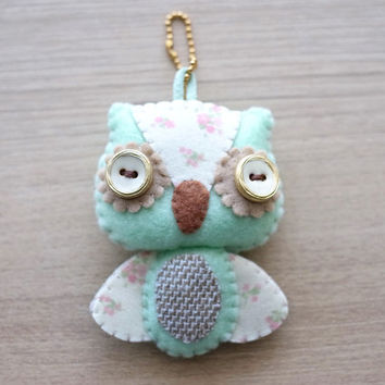 Owl Felt Keychain - cute accessories -  Kawaii -Pink owl plush - READY TO SHIP