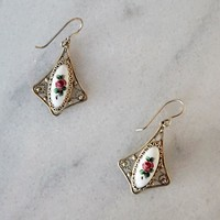 Vintage 1970s Victorian + Rosebud Filigree Earrings