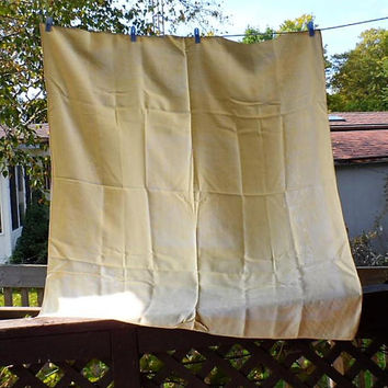 Vintage YELLOW Damask Irish Linen Tablecloth / Medium Sized Damask Tablecloth / Irish Linen Tablecloth / 1950's Yellow Damask Tablecloth