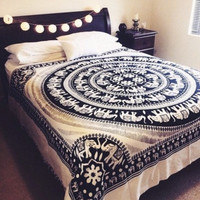 CHRISTMAS GIFT Black and White Elephant Mandala Fringed Tapestry Indian Bedding Bedspread