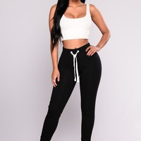 Keep It Simple Jogger - Black