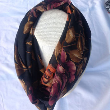 Chunky Black floral abstract Gold Circle Scarf /Gift for Coworker/ Wife / Daughter / Holiday gift / Birthday gift for teen / Bright Floral