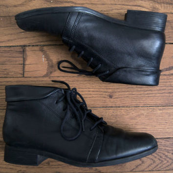 1980s St. John's Bay Lace Up Black Leather Ankle Boots