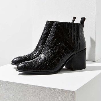 Jeffrey Campbell Viggo Ankle Boot - Urban Outfitters