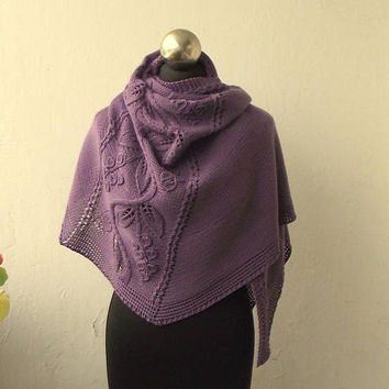 Lavender hand knitted  shawl with floral pattern