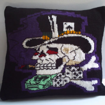 Hand knitted decorative pillow / cushion cover. Ed Hardy tattoo style Gambler skull. 18""