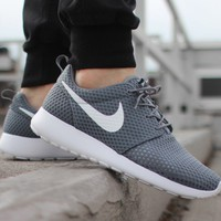 NIKE ROSHE ONE BR (COOL GREY / WHITE)