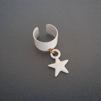 Mirror White Star Ear Cuff