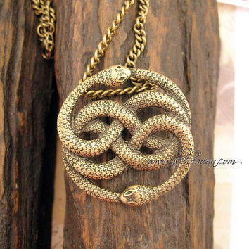 Auryn -- Steampunk Vintage  Necklace