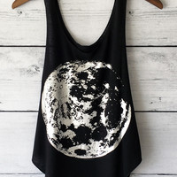 Full Moon Graphic Tank Top