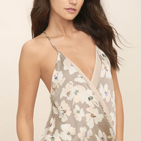 Watercolor Under the Bridge Taupe Floral Print Top