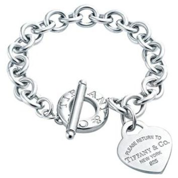"""Please Return To Tiffany Toggle Bracelet With Heart Charm 7.5"""" 40% off retail"""
