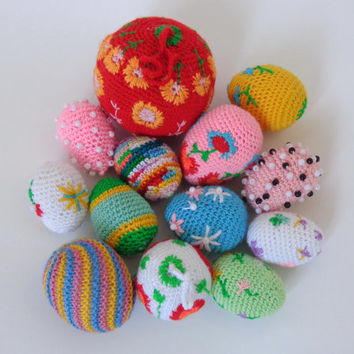 Christmas Tree Hanging toys or Balls - Crochet Toy Can Use As Catnip Toy