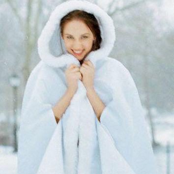 Romantic Wedding Cloaks Hooded Winter White / Ivory Faux Fur Long Bridal Capes / Poncho / Wraps / Coats Cheap In Stock