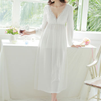 Spring and summer sexy V-neck lace nightgown princess sexy home dress comfortable white sleepwear for women chemise de nuit
