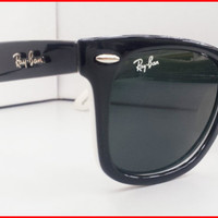 New Special Edition Wayfarer Sunglasses Black White NIB NWT from Eye fashion