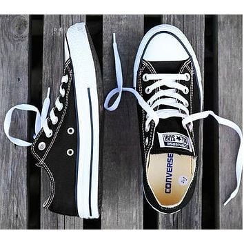 Converse New fashion canvas solid color couple shoes Black