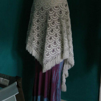 Vintage Crocheted Cozy Bohemian Wrap Shawl