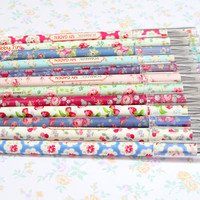 Cute Floral Black Gel Pens -Stationery for Drawing, Writing, Scrapbooking, Card-making