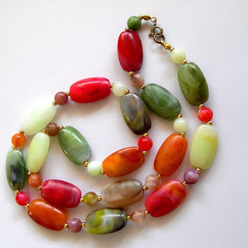 Colourful beaded necklace / faux agate / acrylic necklace / oblong / metal / gold tone / boho / vintage / 1970s / long length necklace