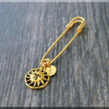Gold Personalized Sun Charm Kilt Pin, Initial Charm Scarf Pin, Smiling Sun Charm Brooch, Letter Pin, Personalize Safety Pin Brooch
