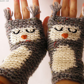 OWL GLOVES FINGERLESS Animal Sleepy Woodland Forest by Pomber