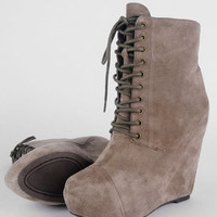Steve Madden Steven - Nelley Suede Wedge Boots in Taupe :: tobi