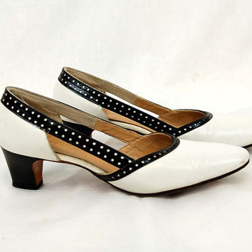 1960s black white shoes, pumps with open sides, polka dot detail, leather heels, Size 6N