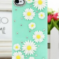 Cute Daisy Flower Rhinestone Case for iPhone5