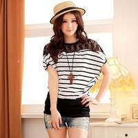 Casual Stripe Pattern Lace Splicing Bat-wing Elbow Sleeve Tee Black