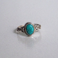 A Sterling Silver (92.5%) Statement Ring / Turquoise Stone Silver Ring / Hand made Ring / Statement Ring / Ring Size 4,5,6,7,8,9,10,11.