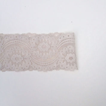 Sand Dollar Lace HeadBand
