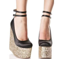 The new wedge heel sequined satin satin bread toe sole