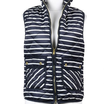 Highlands Striped Quilted Puffer Vest - Navy + White
