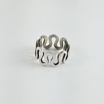 Wavy Sterling Silver Ring - Squiggly Silver Ring Size 5 - 925 S Pattern Ring - Vintage Sterling Silver Band Ring - Silver Twist Ring