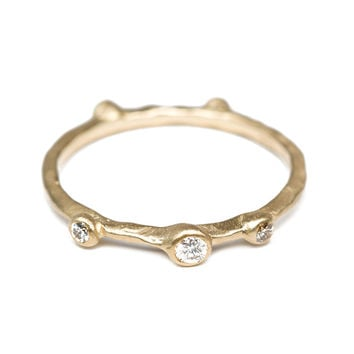 Supernova Gold Ring with Diamonds