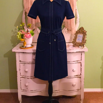 70s Blue Dress, 1970s Navy Dress, Office Party Dress, M M/S, Polyester Dress w Pockets and Detachable Belt, Chic Short Sleeve Retro Dress