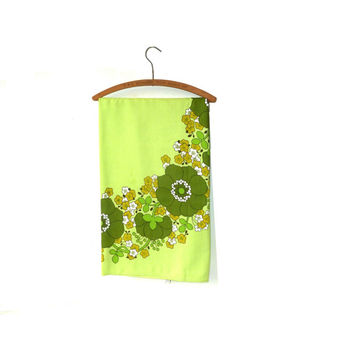 retro dunmoy lime green tablecloth . floral . tea party . baby shower . made in the ireland .