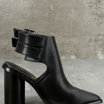 Keelin Black Pointed Ankle Booties